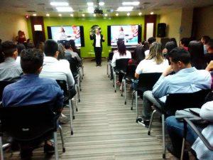 1 300x225 - En alianza con Superatec, en Banplus impulsamos la formación profesional en 80 jóvenes