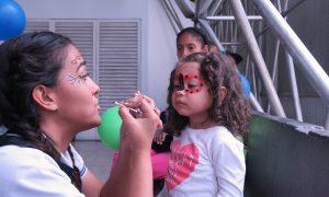 13. Banplus. Embajadores del Voluntariado Plus visitan al Hospital Ortopedico Infantil 6JUN19 300x180 - Desde Banplus, con nuestro voluntariado, llevamos alegría al Hospital Ortopédico Infantil