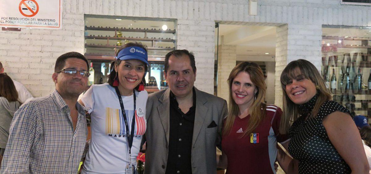 4. Agasajo Banplus. Día del Periodista 2019 1200x565 - Banplus homenajeó a los periodistas en su día con partido de la Copa América 2019