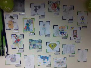 Exposición Dibujamos País 300x225 - Con la familia Banplus  ¡Dibujamos País! para seleccionar al superhéroe del Plan Vacacional 2019