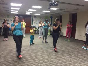 Entrenamiento Plus 10 300x225 - Entrenamos al ritmo de Latin Caribbean, una técnica de baile creada en Venezuela