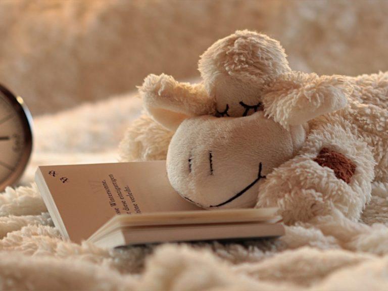 Taller en Banplus Más sueño menos estrés31 768x576 - Consejos prácticos: Cómo dormir bien y despertar con buen pie para juntos Hacer País
