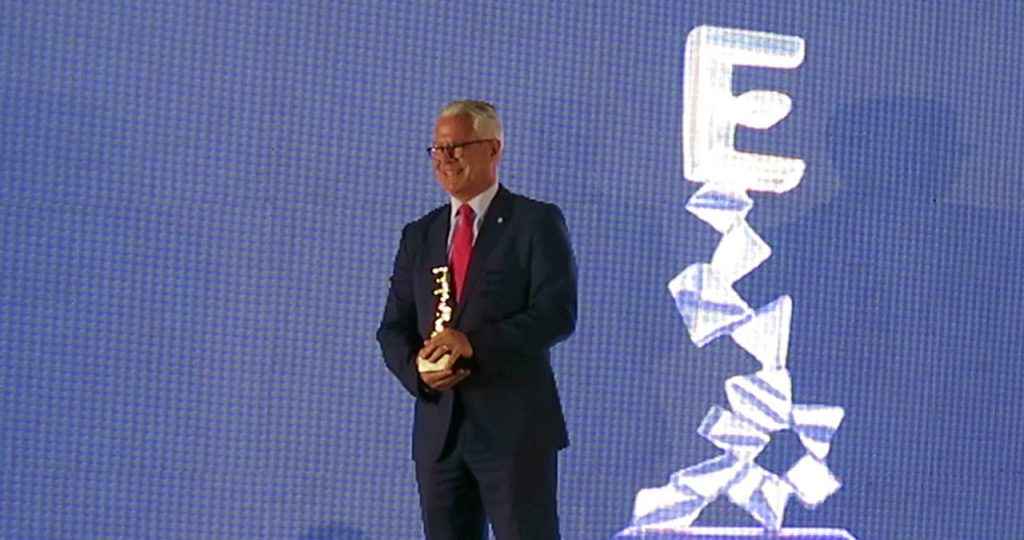Banplus premiado en Explosion Creativa 2019 FINAL 24 1024x540 - Recibimos el premio: Líder en sector bancario, mención especial Apoyo a la PYME