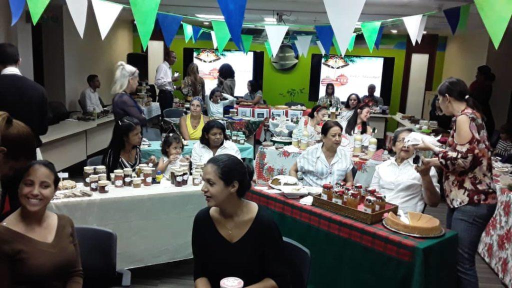 1ra Feria Navidad 2019 2 1 1024x576 - Disfrutamos de ferias navideñas en nuestros espacios Banplus