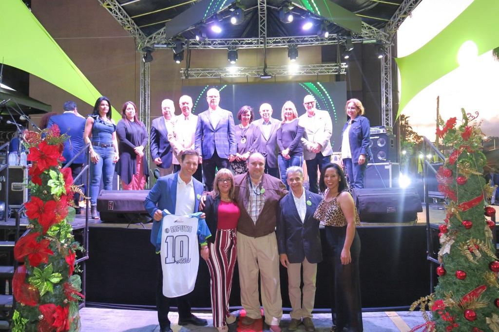 Banplus Fiesta de navidad y fin de año FINAL 207 - Con alegría, homenajeamos a nuestros colaboradores por años de servicio
