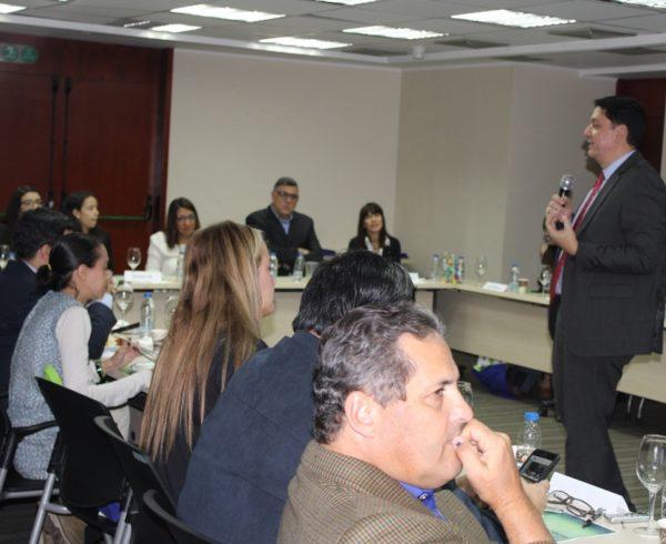 IMG 1307 600x490 - Realizamos encuentro de Actualización Bancaria con periodistas