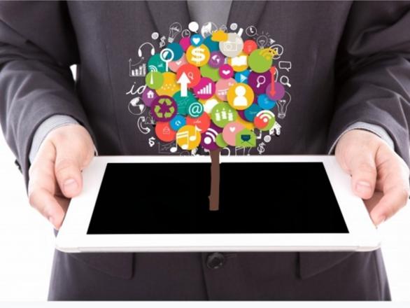 Para nota blog. Profesionales 4.0 586x440 - Talentos de la Era 4.0 | Nos conectamos a un taller de capacitación