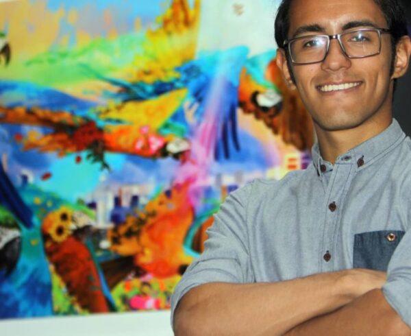 Oscar Olivares con Banplus 600x490 - Pequeños y grandes de Banplus motivados a descubrir sus talentos | De la mano de Oscar Olivares, artista