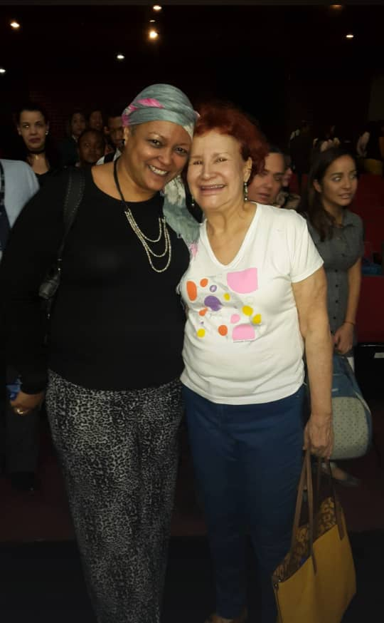 Tibayde Gutierrez con Tania Sarabia - Concientización sobre cáncer de mama | En Banplus contribuimos con la meta rosada de SenosAyuda